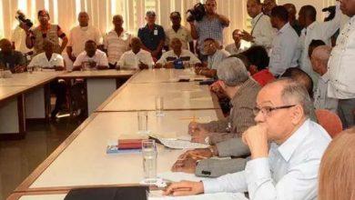 Photo of Sindicatos, empresarios y Gobierno discuten otra vez el aumento de salarios mínimos