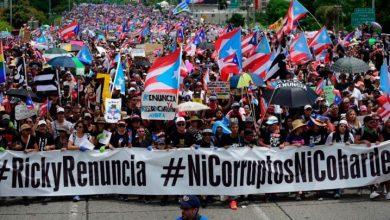 Photo of Miles marchan para pedir la renuncia de gobernador de Puerto Rico ante escándalo