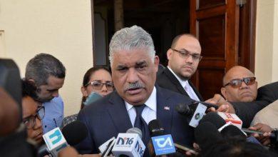 Photo of Miguel Vargas dice que Medina es un político de «mecha muy larga»