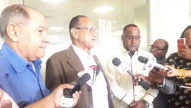 Photo of Agonía por lograr mejores sueldos se alarga; ahora piden intervención de la DGII y de la Tesorería