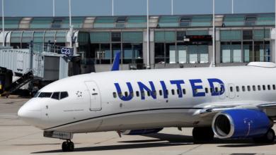 Photo of Detienen a dos pilotos ebrios de United Airlines antes de subir al avión