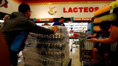 Photo of Supermercados abarrotados y suspensión de clases en Puerto Rico previo al paso de Dorian