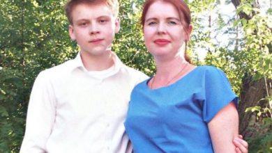 Photo of Adolescente mata a 5 miembros de su familia con un hacha y luego se suicida en Rusia