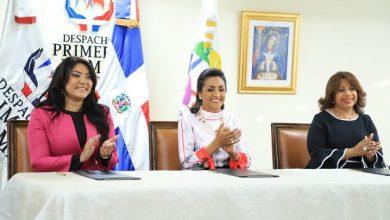 Photo of Instituciones acuerdan otorgar becas a jóvenes con discapacidad