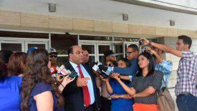 Photo of Víctimas de fiscal y agentes de la DNCD acuden a la Procuraduría a dar su versión