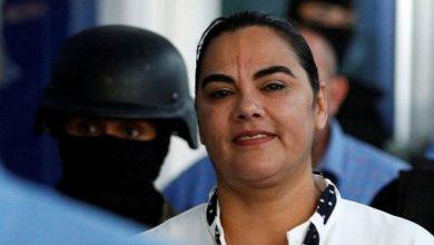 Photo of Condenan exprimera dama de Honduras a 58 años de cárcel por quedarse con dinero destinado a familias pobres