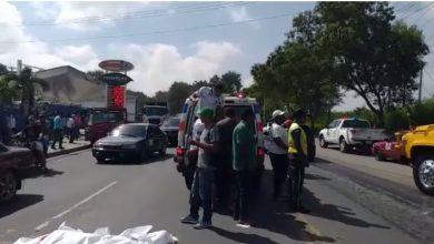 Photo of Mujer muere aplastada por un camión recolector de basura en Santiago