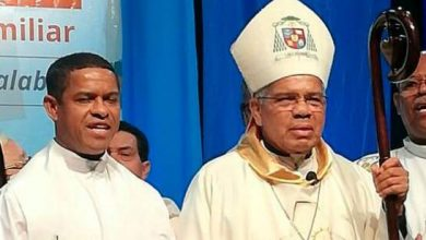 Photo of Obispo Ozoria pide a las autoridades y a la sociedad diseñar planes para fortalecer la familia