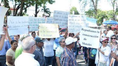 Photo of Comunitarios de Licey al Medio marchan contra construcción moteles