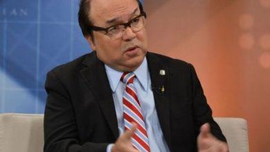 Photo of Vinicio Castillo Semán anuncia su precandidatura a senador por el DN
