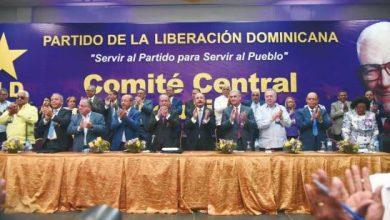 Photo of PLD completa ocho plazas vacantes en su Comité Político