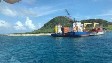 Photo of Armada Dominicana rescata barco Habi B Express tras 23 días encallado en isla Alto de Velo