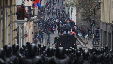 Photo of Ecuador bajo estado de excepción por protestas tras alza de combustibles