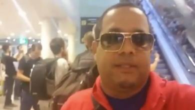 Photo of Héctor Acosta varado en aeropuerto de Barcelona, debido a manifestaciones