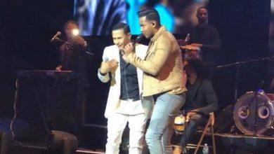 Photo of Romeo Santos se aparece en show de Raulín Rodríguez para felicidad del público