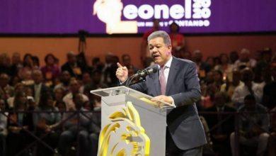 Photo of Cronología: Así ha sido «la batalla» en más de una semana del expresidente Leonel Fernández y su equipo