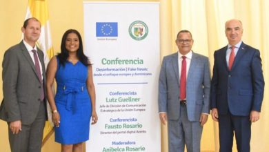 Photo of Unión Europea y Universidad Católica Santo Domingo disertan sobre la desinformación y noticias falsas