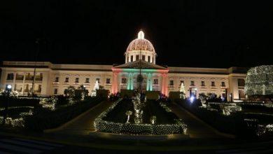 Photo of Encienden las luces de Navidad en el Palacio Nacional
