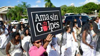 Photo of «Ama sin golpes», petición de las mujeres durante Marcha de las Novias