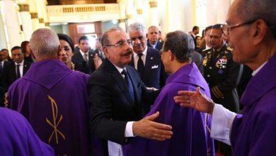 Photo of Obispos ofician eucaristía por el padre del presidente Medina