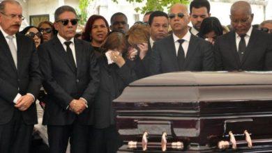 Photo of Danilo Medina: «Mi papá fue guerrero que luchó decididamente contra la muerte»
