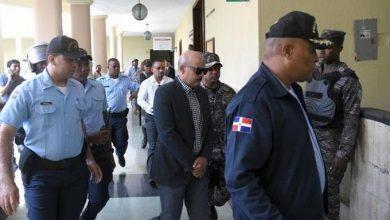 Photo of Disponen libertad de general PN acusado de seducir menor, pero envían el caso a juicio de fondo