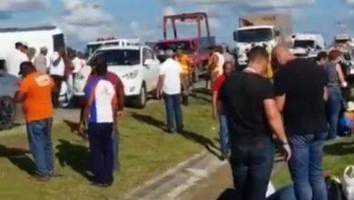 Photo of Autobús cargado de turistas choca con un camión en la autovía del Coral; se desconoce el número de lesionados
