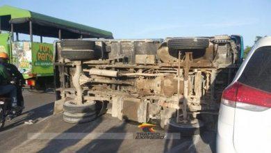 Photo of Se vuelca camión cargado de haitianos y deja varios heridos en carretera Bávaro–Miches