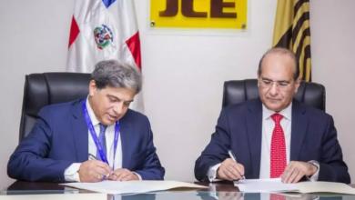 Photo of JCE y empresa española suscriben contrato para auditoría forense voto automatizado