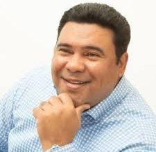 Photo of Acuden al  TSE para que vincule candidatura Cholitin en la alianza PRM-BIS