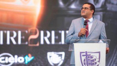 Photo of Pastor Molina Sánchez pide a evangélicos no votar por políticos corruptos y abortistas
