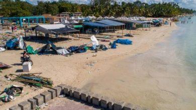 Photo of Boca Chica comienza a desarrabalizar playa y los vendedores están contentos
