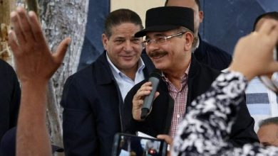 Photo of Danilo Medina beneficia a pescadores de Río Salado en visita 279