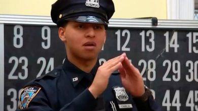 Photo of Joven dominicano es el primer oficial de la Policía de NY que habla por señas