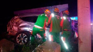 Photo of Dos muertos y cuatro heridos en un accidente en la autopista Duarte