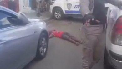 Photo of La Policía mata joven que huía luego de asaltar una mujer en Higüey