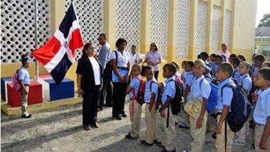 Photo of Retorno a clases; Educación convoca a más de 2 millones de estudiantes para este martes