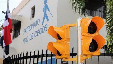Photo of Colocan primer semáforo sonoro para peatones no videntes en la avenida Correa y Cidrón