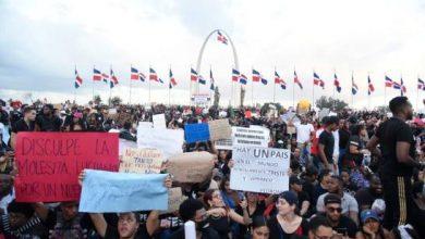 Photo of Se cumplen tres días de protesta sin respuestas