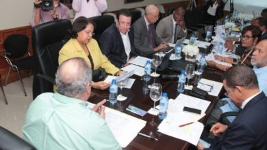 Photo of UASD defiende su autonomía ante comisión bicameral estudia proyecto de ley
