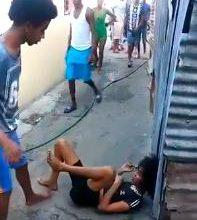 Photo of Circula en las redes video de hombre dándole una brutal golpiza a una mujer