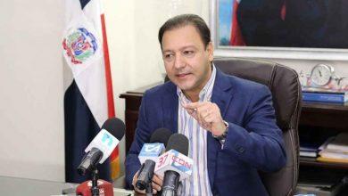 Photo of Abel Martínez se declara fuera de grupos en PLD; respalda gestión del presidente Medina