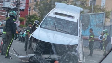 Photo of Vehículo accidentado en la avenida 27 de Febrero presenta impactos de bala