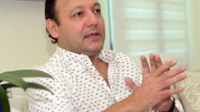 Photo of Abel Martínez, el político «sin filing» de alcalde que seguirá al frente de Santiago