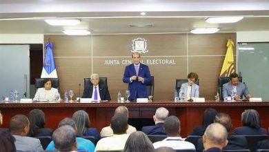 Photo of A pesar de pandemia, JCE se mantiene firme en celebrar elecciones del 17 de mayo