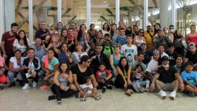 Photo of Chilenos que estaban varados en Punta Cana abordaron un avión este domingo