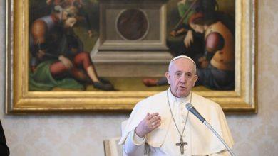 Photo of El papa Francisco: Hemos depredado la tierra, poniendo en riesgo hasta nuestra vida