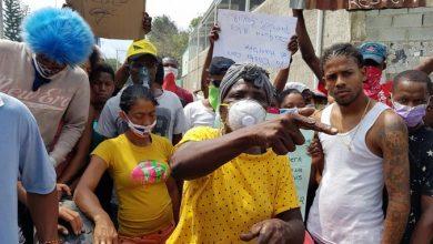 Photo of En Manoguayabo amenazan con no cumplir toque de queda si no revierten traslado de presos La Victoria