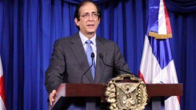 Photo of Gobierno mantiene medidas contra COVID-19 aunque el país va a panorama más dinámico