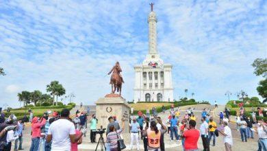 Photo of Transportistas se movilizan en Santiago en reclamo de inclusión en los programas sociales